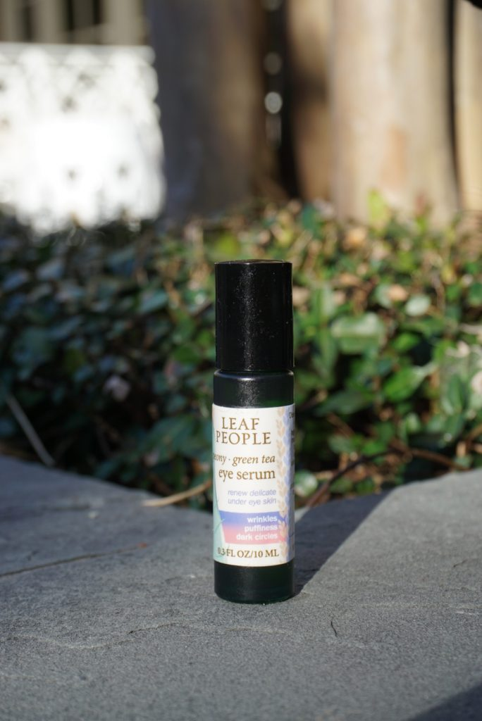 Leaf People Organic skincare products eye serum with green tea